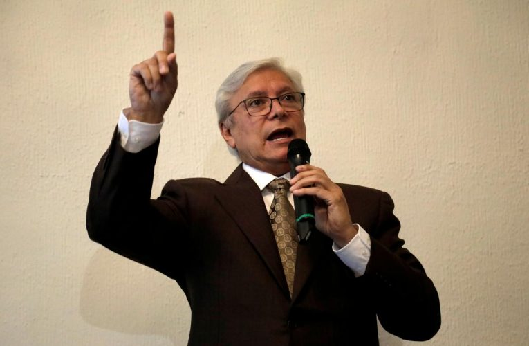 Mexican Supreme Court throws out law extending governor's mandate