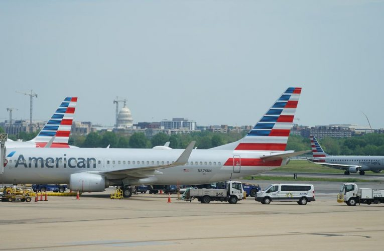 American Airlines sees 90% slump in second-quarter revenue