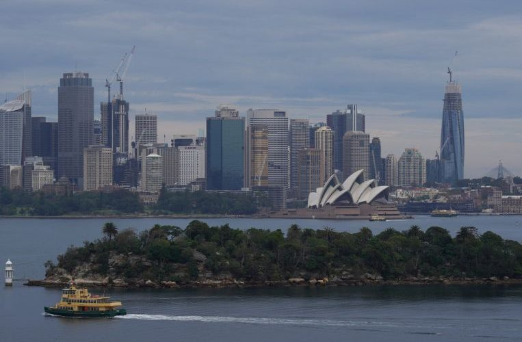 Australia consumer sentiment rebounds to pre-pandemic levels: Survey