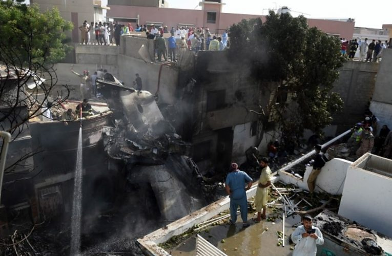 Pakistan plane crash was 'human error'