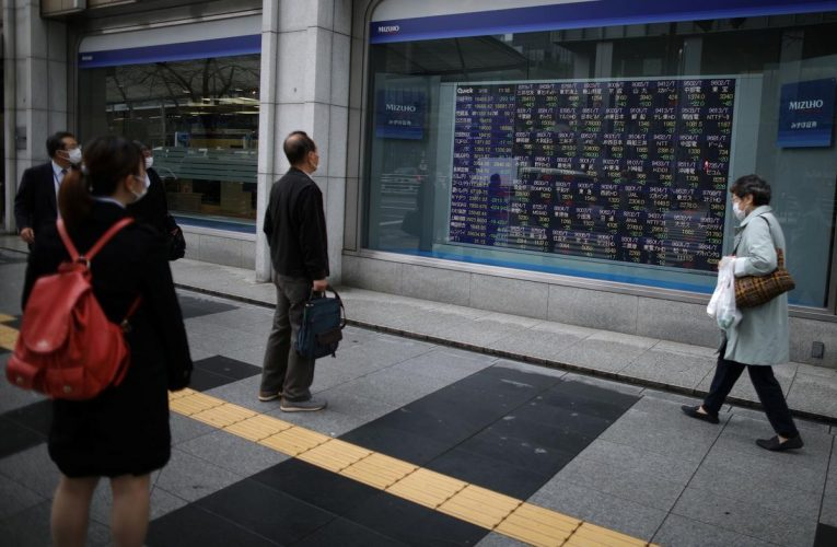 Asian shares extend gains as investors count on stimulus, vaccines