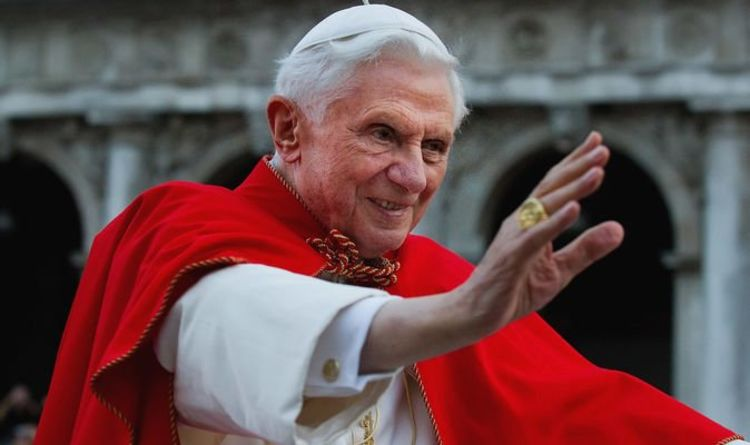 Pope Benedict XVI health update: Is the former pope ill?