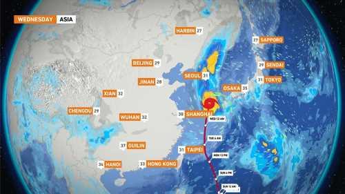 Typhoon Maysak: Japan warns of 'major disaster' in Okinawa region