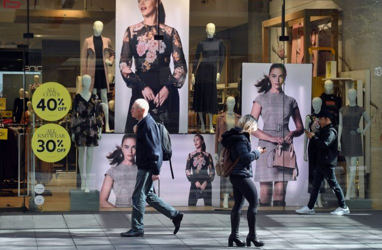 Australian consumer sentiment sinks amid 'air of panic'