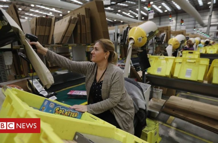 Amazon tax bill cut by share awards