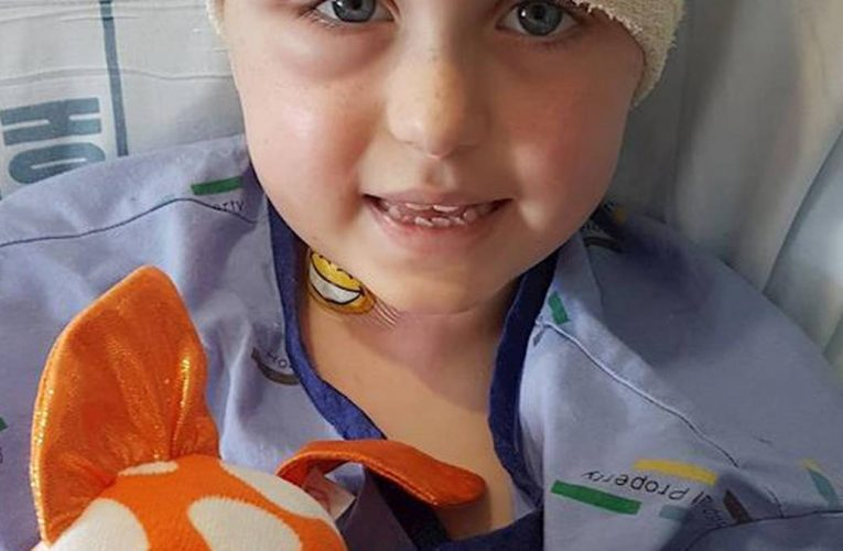 Auckland family fundraise for clinical trial for 7-year-old daughter's cancer