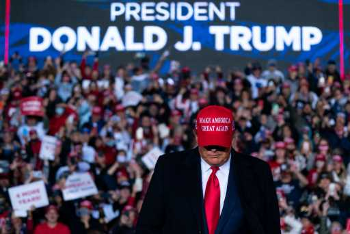 Campaigns for Trump, Biden draw to a close with U.S. facing a crossroads