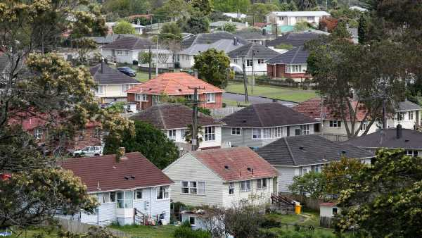 Housing market: BNZ joins rush to put brakes on investors