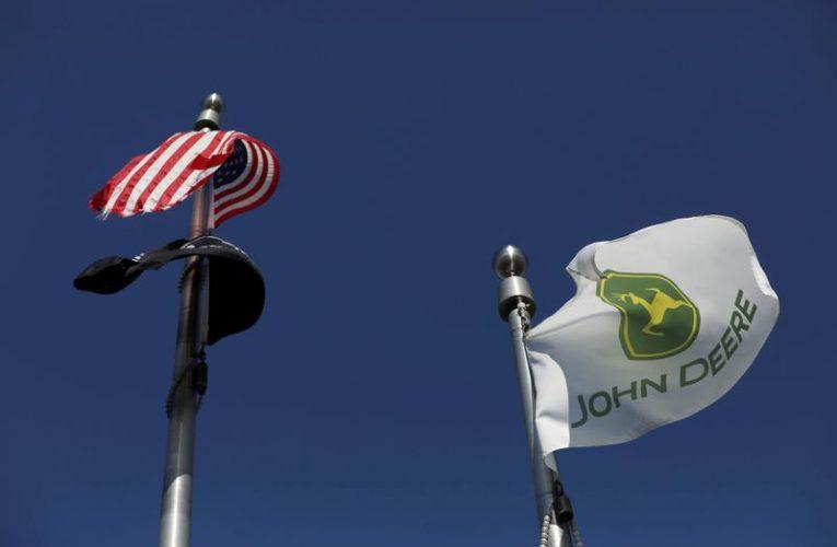 Improving farm economy drives up Deere earnings
