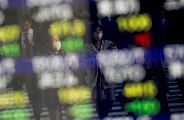 Asian shares set to finish 2020 at record high, riskier currencies in favor