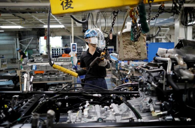 Asia factories have mixed performance as pandemic impact lingers