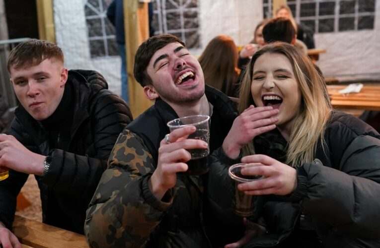 Brits urged to wrap up warm as temperatures dive for return to beer gardens