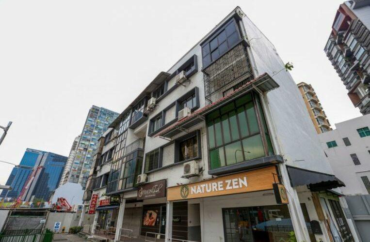 Man vandalising garage died during 'citizens arrest' as mechanic jailed