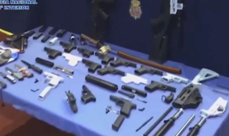 Spanish police release pictures of 3D-printed gun factory bust in Tenerife