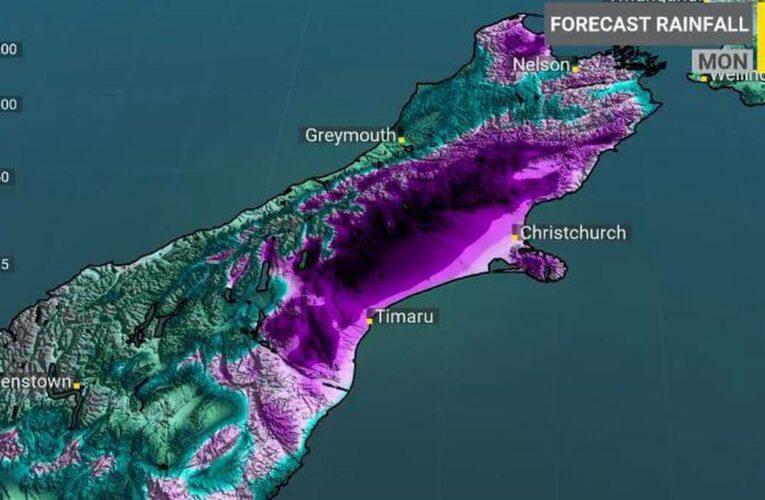 Wild weather: Heavy rain sets in across upper South Island
