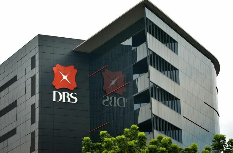 DBS investigating duplicatedeductions reported bycredit and debit card users