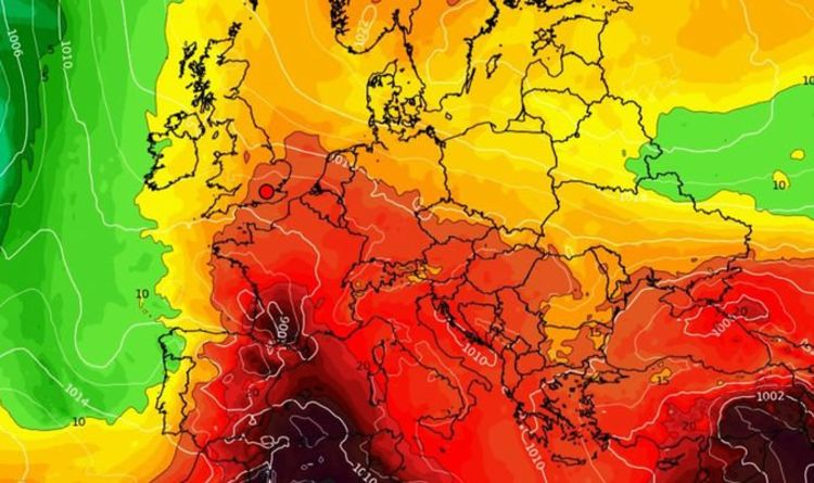 UK heatwave forecast: Sizzling 32C European plume heads for Britain – hot weather charts