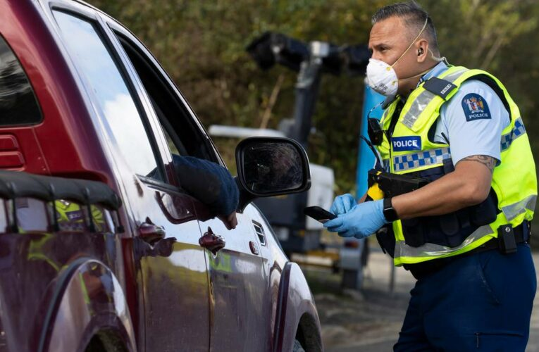 Covid 19 coronavirus Delta lockdown alert levels: Country split in two from Wednesday, police to patrol Auckland's southern border