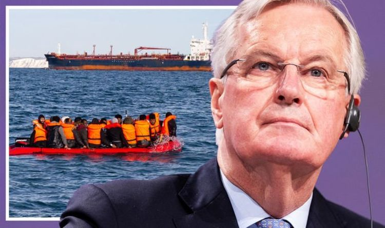 Michel Barnier calls for FIVE-YEAR halt to immigration into EU as policy 'doesn't work'