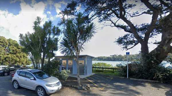 Covid 19 Delta outbreak: Locations of interest – public toilets in Raglan used by positive case